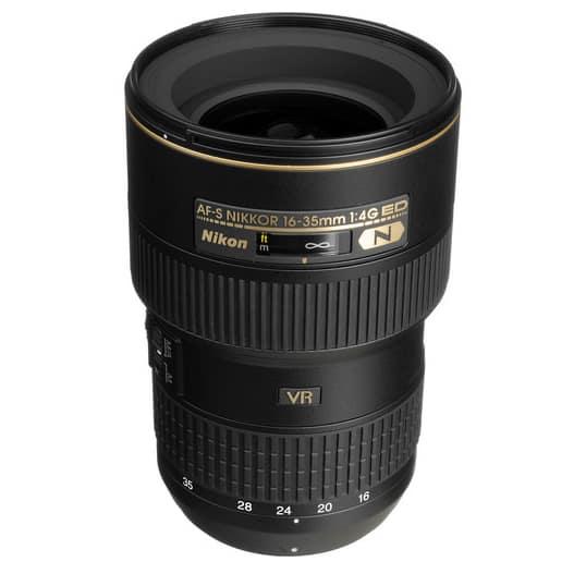 Nikon AF-S NIKKOR 16-35mm f / 4G ED VR - ultra wide angle lens for Nikon DSLR cameras.